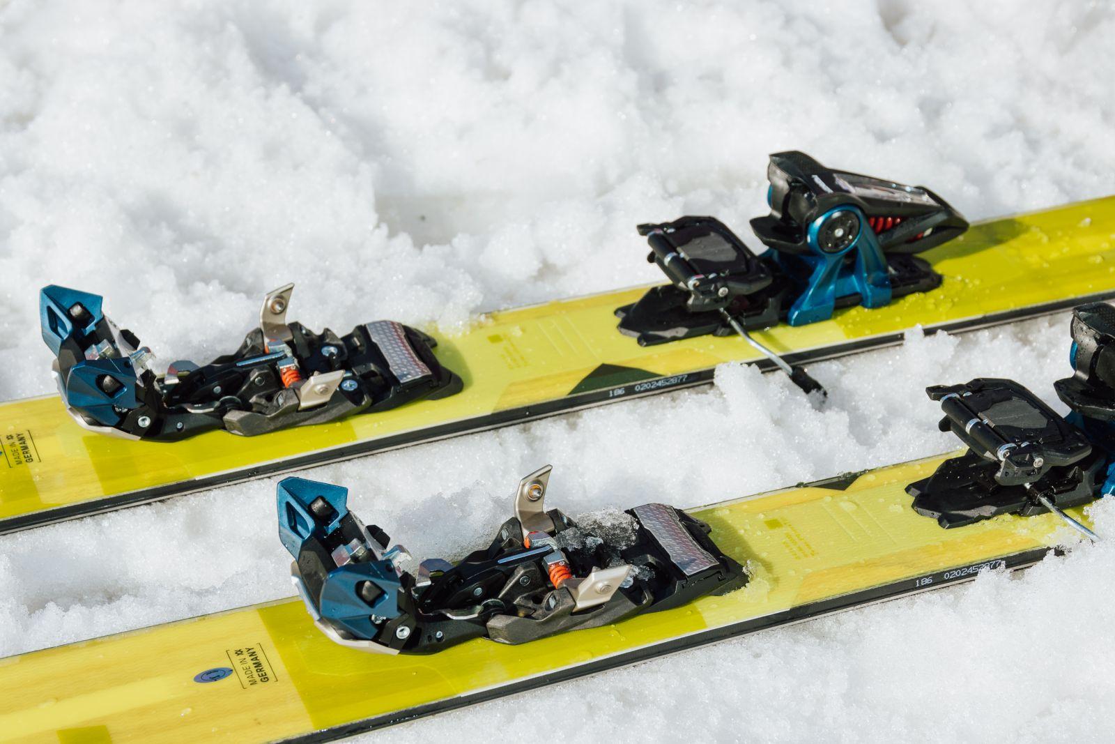 Marker Duke PT 16 on snow