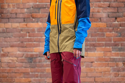 How Should Ski Jackets Fit in Arms