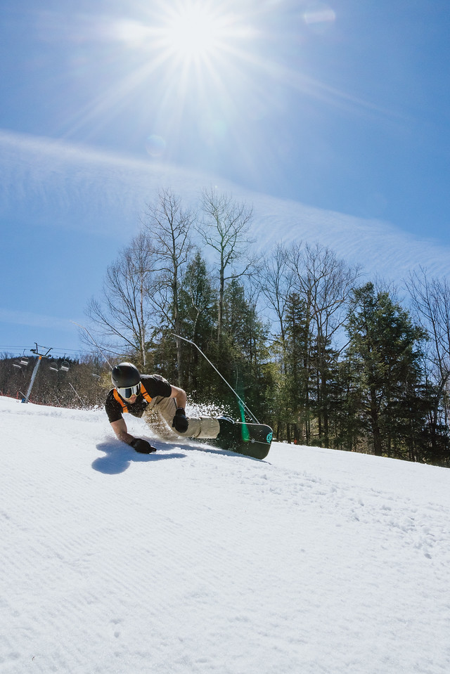 what to wear snowboarding bib