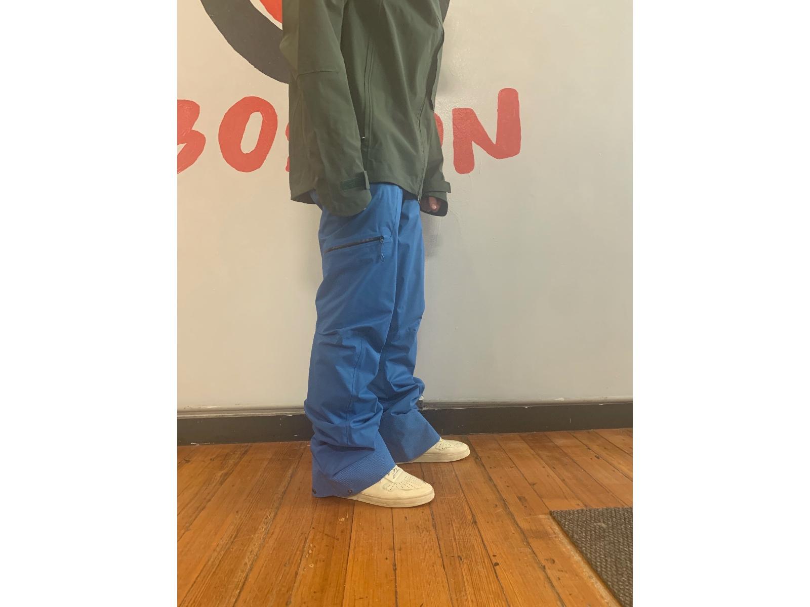 How Ski Pants Should Fit Too Long