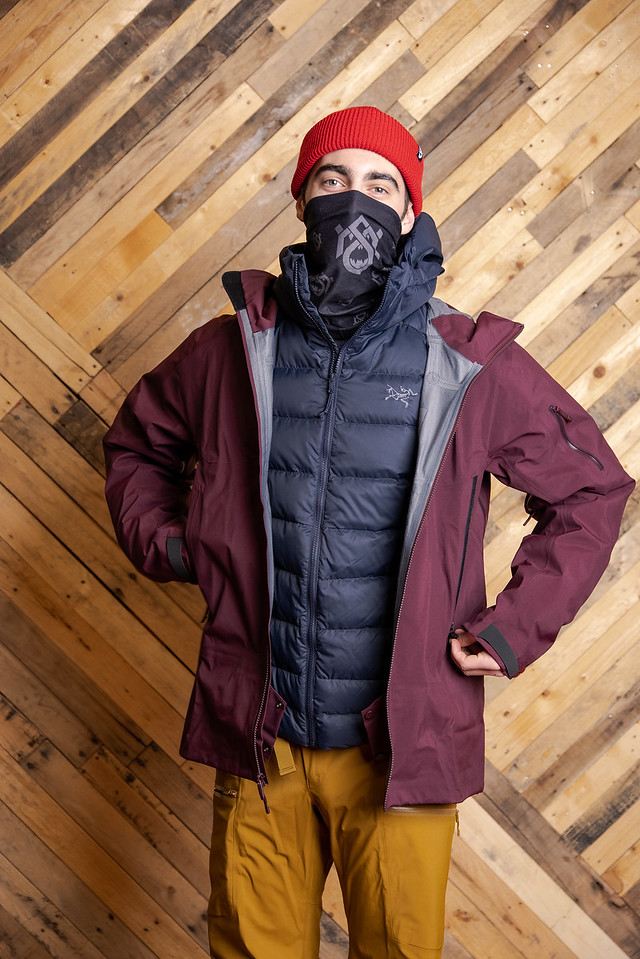 what to wear skiing in layers