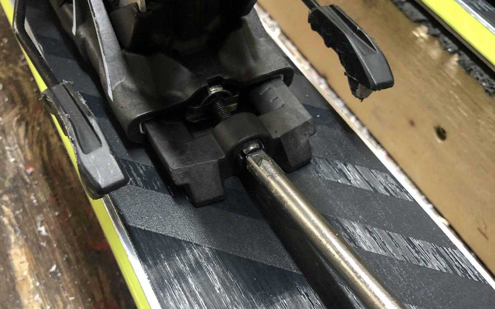 Salomon Shift Forward Pressure Adjustment Screw